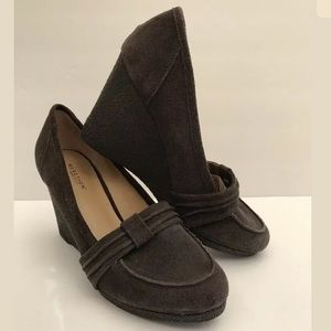 REACTION KENNETH COLE Wedges Flirt Suede Leather
